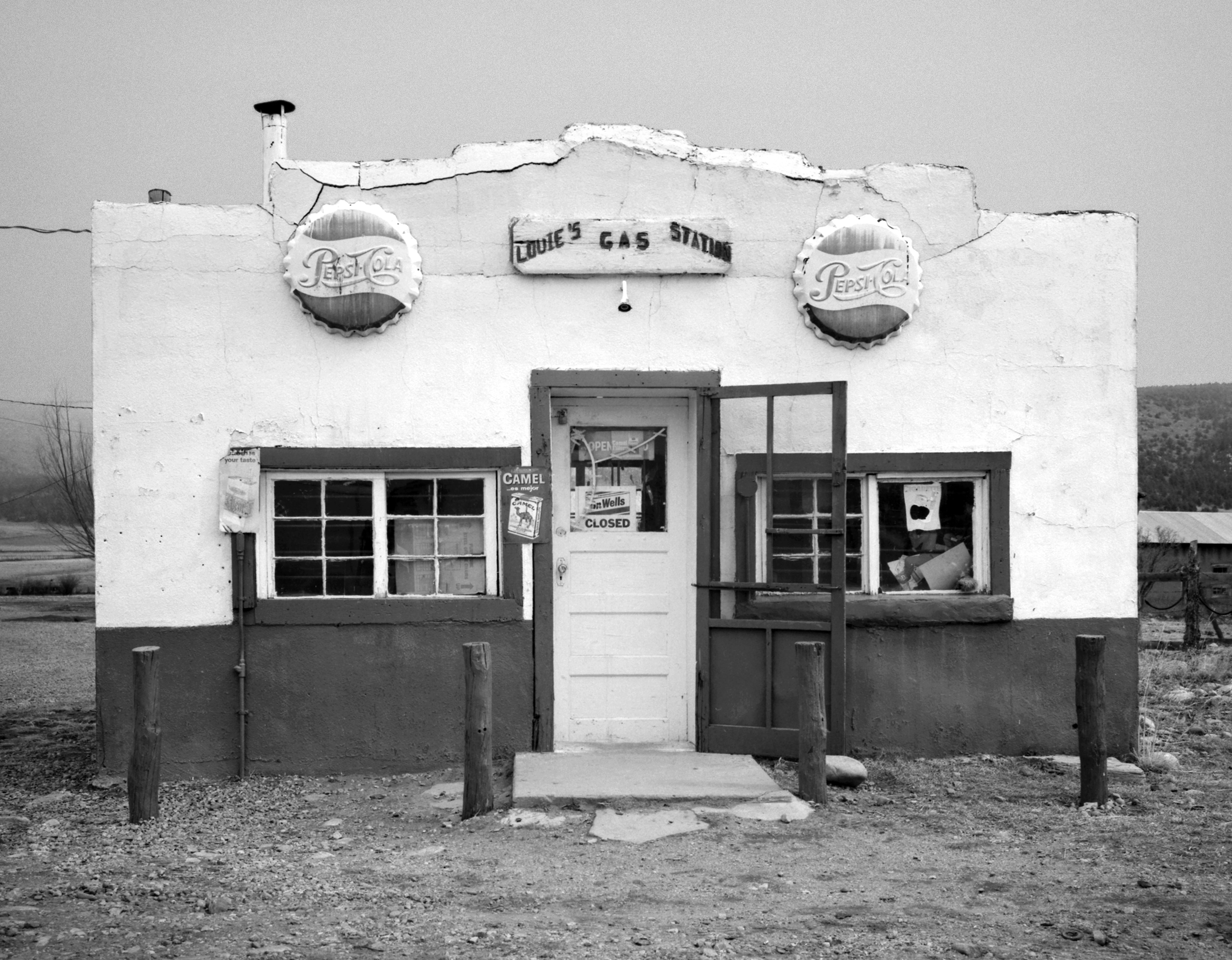 Louie's, Cleveland, New Mexico, 1977