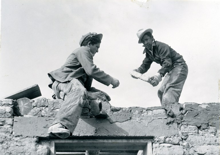 Hanna & Hanna, Albuquerque Progress, Construction Workers on a Recreation Center on Buena Vista Drive