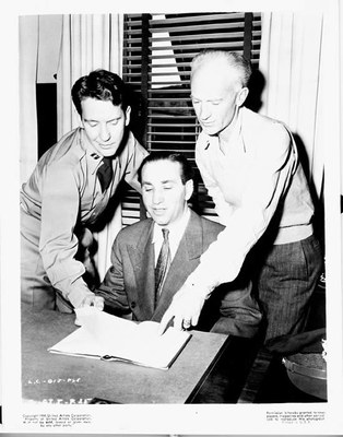 Burgess Meredith, Lester Cowan, William Wellman and Ernie Pyle, c. 1945, Courtesy Special Collections Library, Albuquerque/Bernalillo County Library System