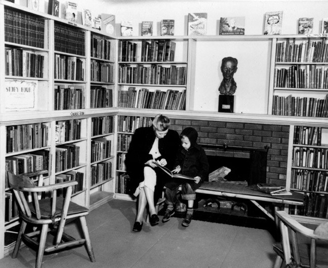 Ernine Pyle Memorial Library
