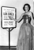 Lux Girl Jackie Barnes, 1949.  Kerstein Collection, 1997.18.16