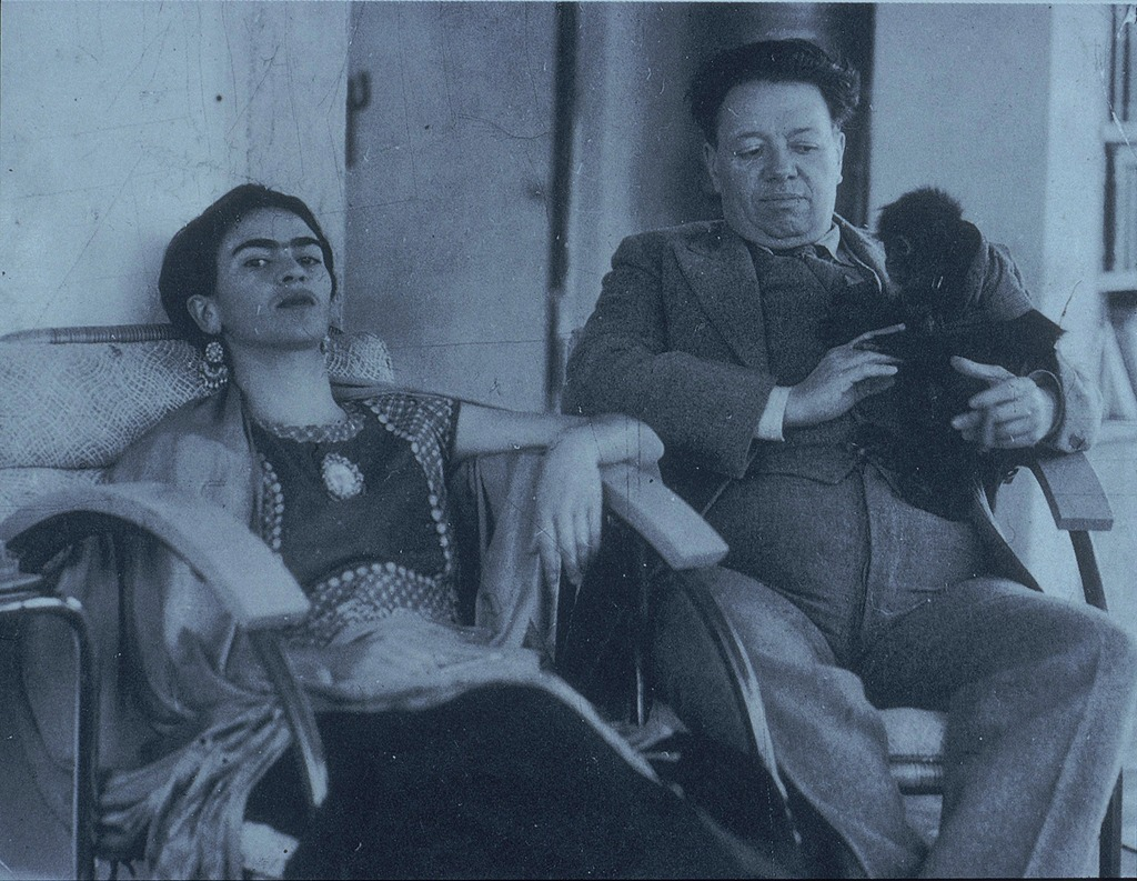 Anonymous, Frida and Diego with Fulang Chang, 1937, gelatin silver print, New York, Throckmorton Fine Art