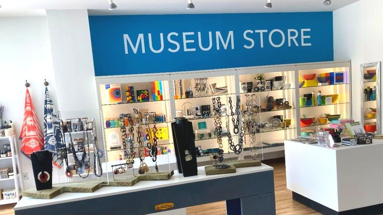 Museum Store Display Aug2020