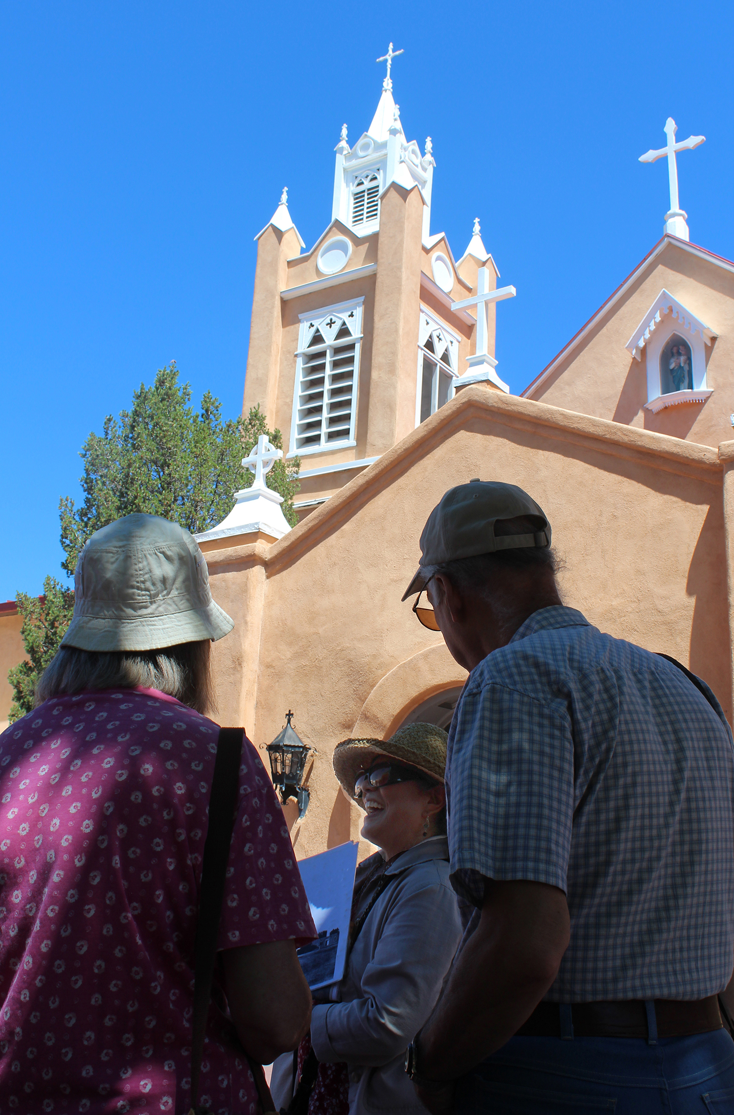 Albuquerque Museum docent-let tours of Old Town