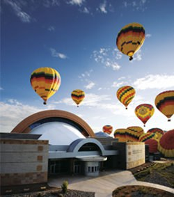 balloon-museum-facade-with-balloons