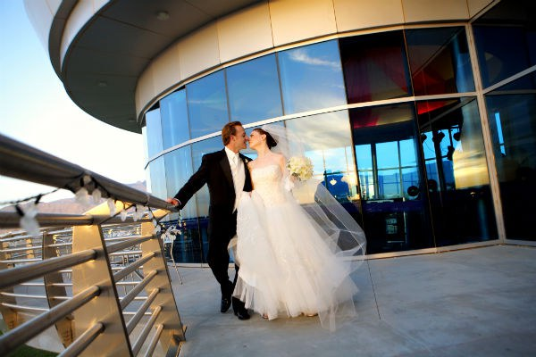 Weddings Soar at the Balloon Museum