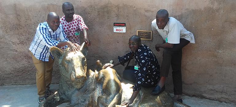 ivory-coast-zookeeper-biopark