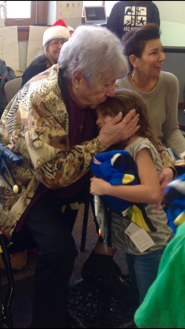 Lula BioPark Volunteer Join a a School 2016