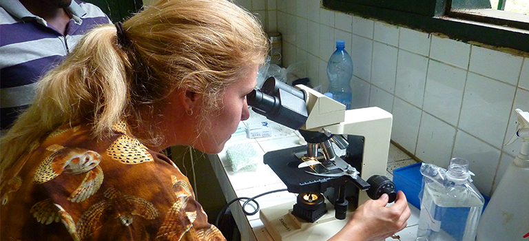 biopark-research-microscope-abidjan