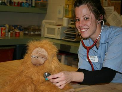 Zookeeper Sara and Sarah the Orangutan