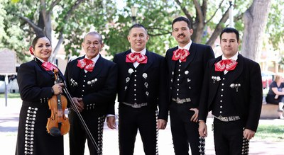 Summertime in Old Town: Mariachi Traditional