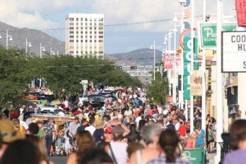 2012 Nob Hill Crowd