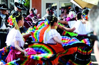 cultural-dancers