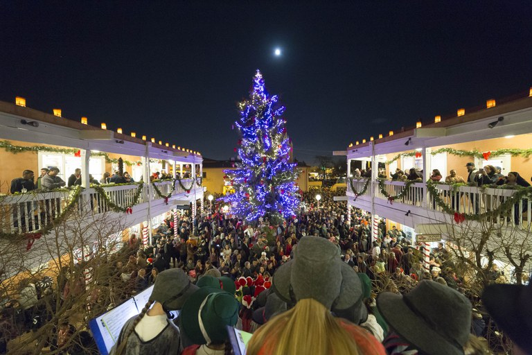 Old Town Holiday Stroll 2017