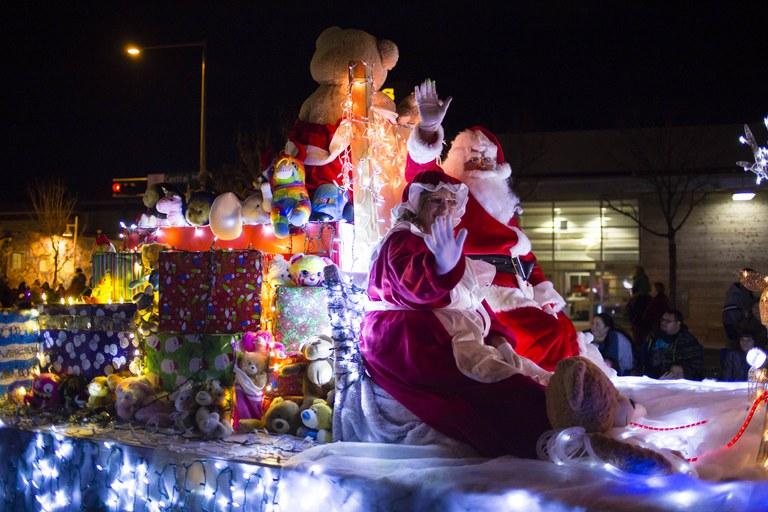 Twinkle Light Parade Santa