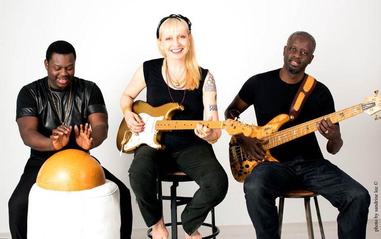 Leni Stern Trio