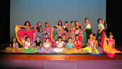Ballet Folklorico Fiesta Mexicana Youth Classes Performance