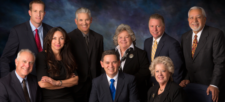 caption:Group photo of the Albuquerque City Coucil.