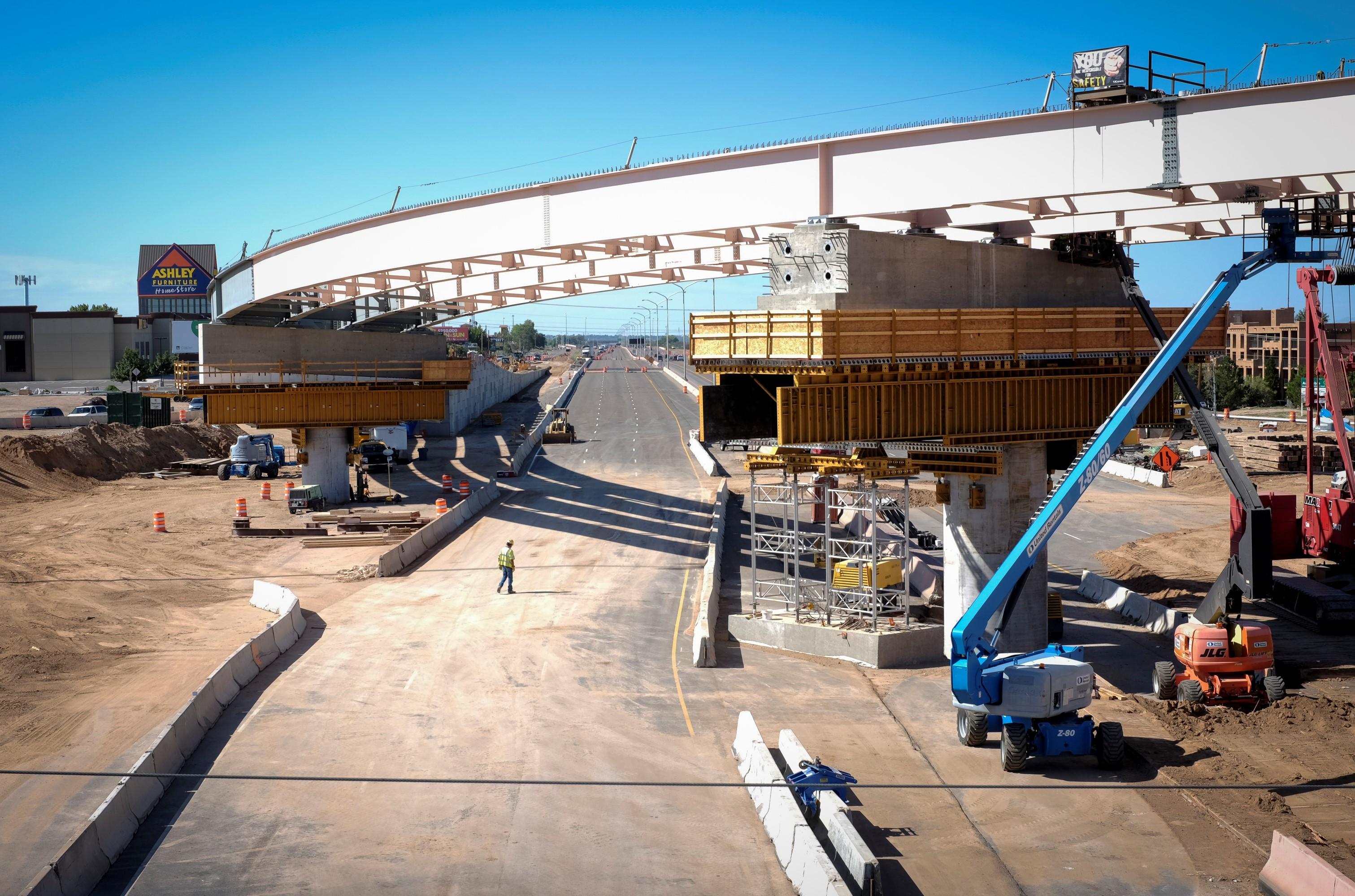 caption:Construction Photo of Paseo I25 Improvments