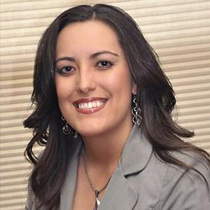 Alicia Manzano Headshot Tile