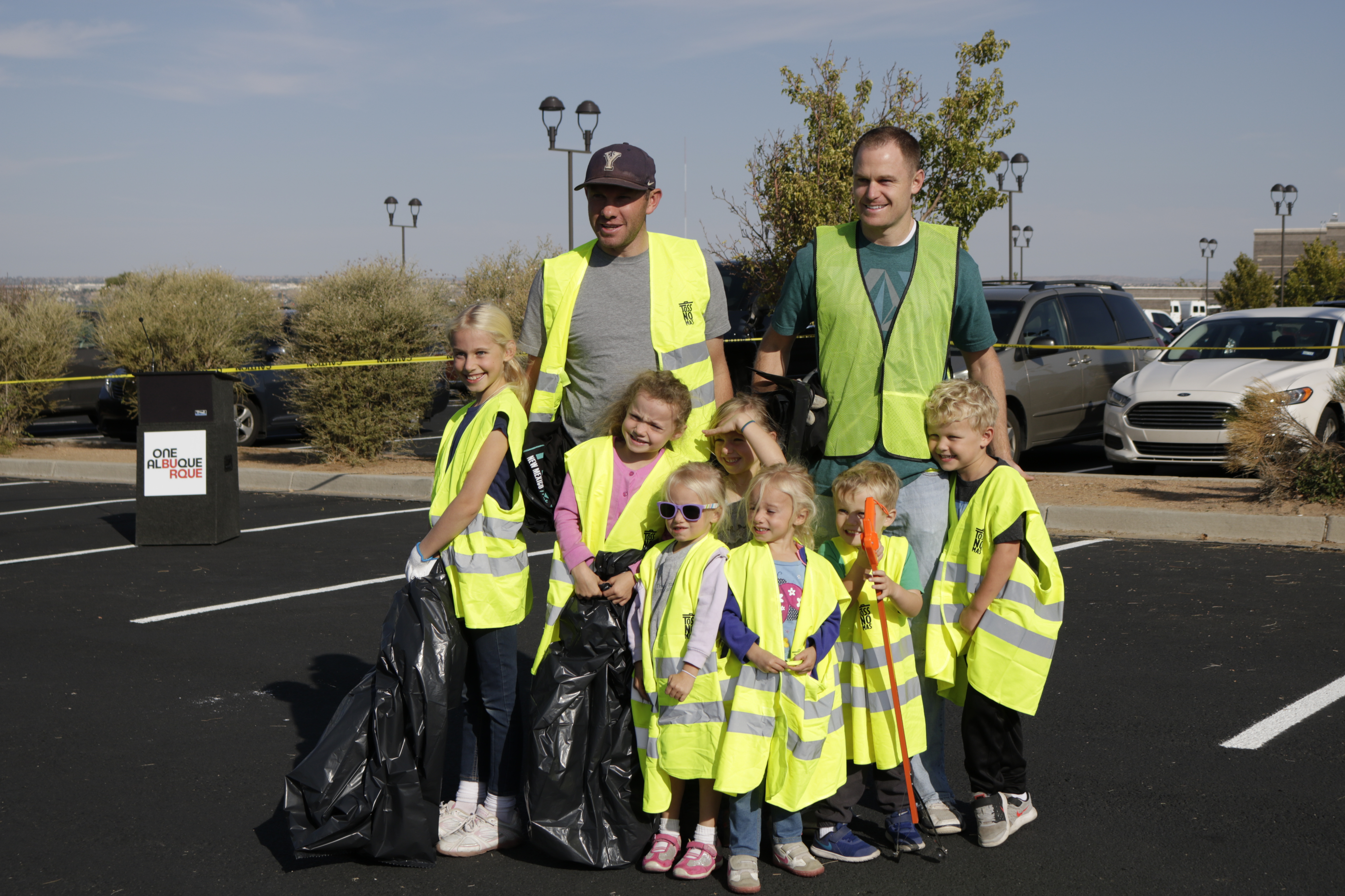 Great American Clean Up volunteers posting for a photo.
