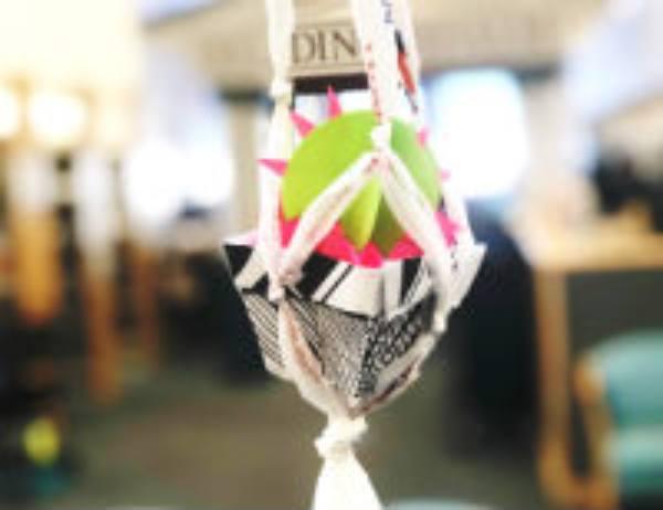 A plarn (plastic yarn) craft project.