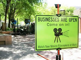 Image of a business-open sign in Albuquerque.