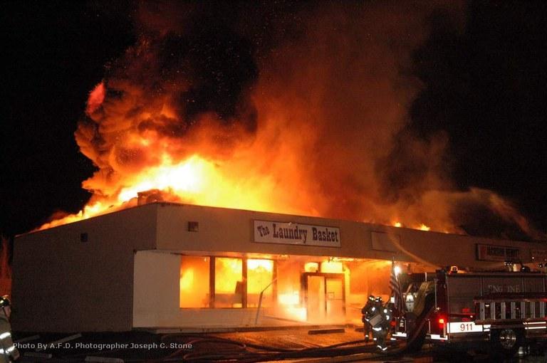 Solar Plaza Fire December  2005.jpg