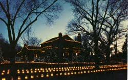 Luminarias are a timeless holiday tradition in Albuquerque and New Mexico.