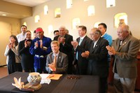 Albuquerque Becomes First City in America to Recognize Tribal Sovereignty by Establishing Government-to-Government Relations