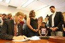 Mayor Keller Stands Up for Albuquerque Families, Signs Immigrant Friendly Resolution