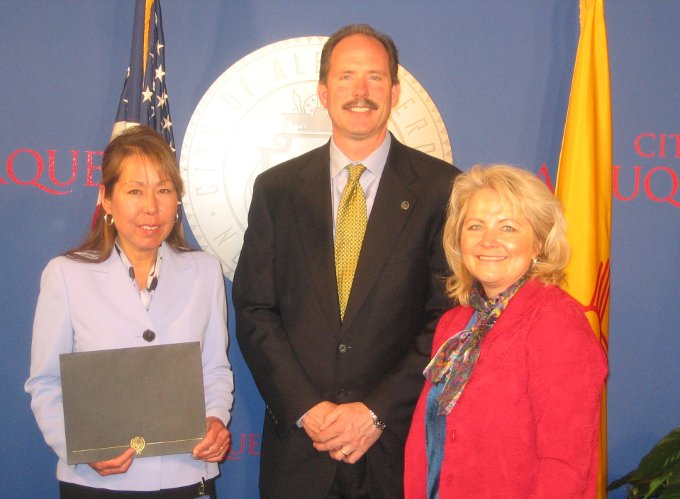 Theresa Alling, Mayor Richard J. Berry, Director Mary Lou Leonard.
