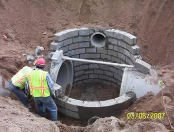 47th Street Central Manhole