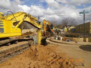 Front Shovel digs up dirt at this project