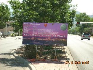 01_Project_Sign_on_Lomas.jpg