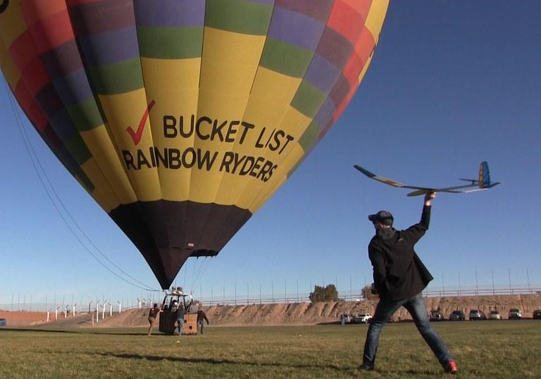 Gliders at Balloon Fiesta Park