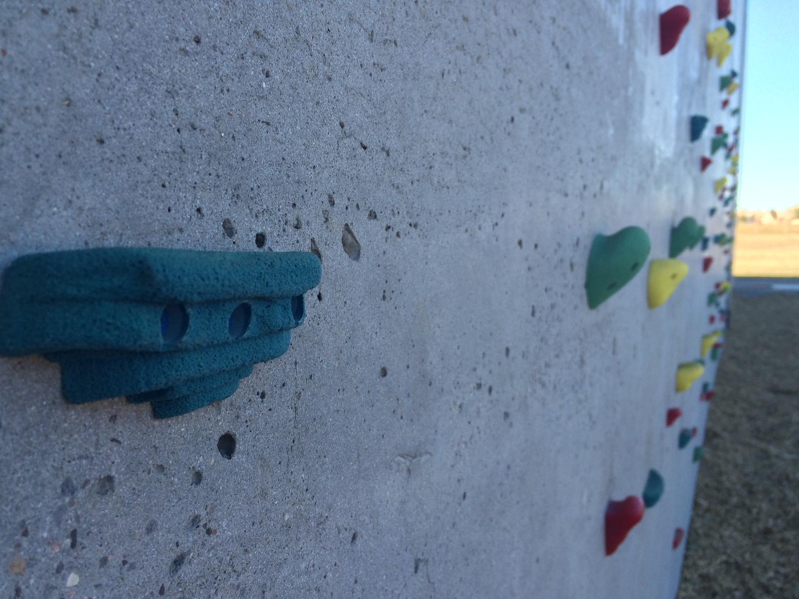 vert climbing wall
