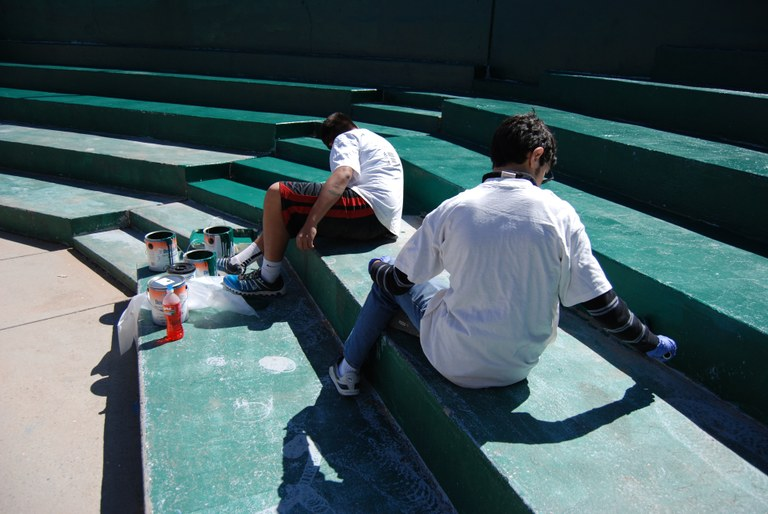 Santa barbara martineztown park volunteer effort april - Los altos swimming pool albuquerque nm ...