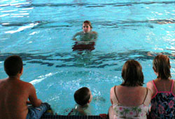 Swimming Lessons at Los Altos Pool