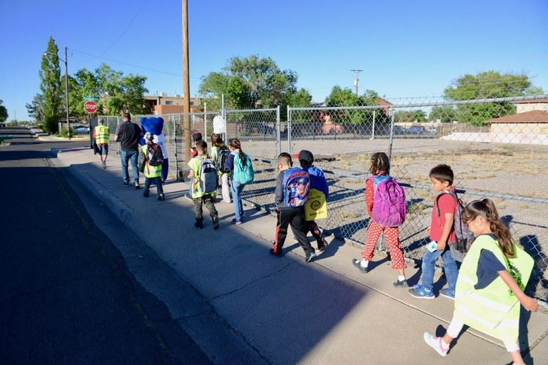 Walking School Bus 1