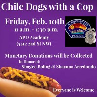 Chile Dogs with a Cop