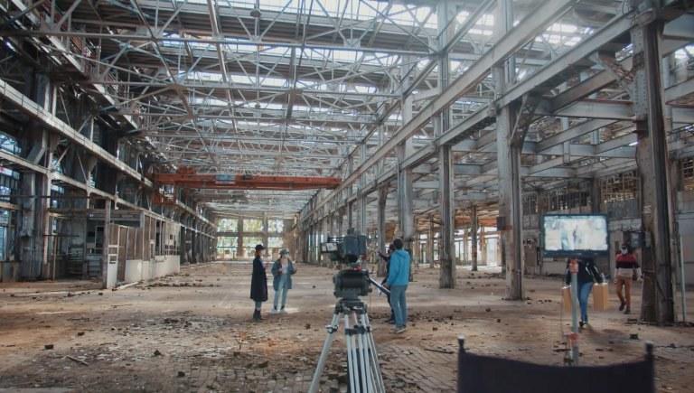 Film at the Rail Yards Tile
