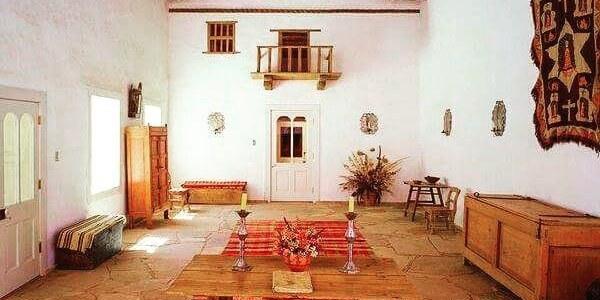 An image of the grand sala at Casa San Ysidro.