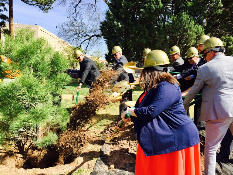 Tree Planting-Tight Grove-4-10-17