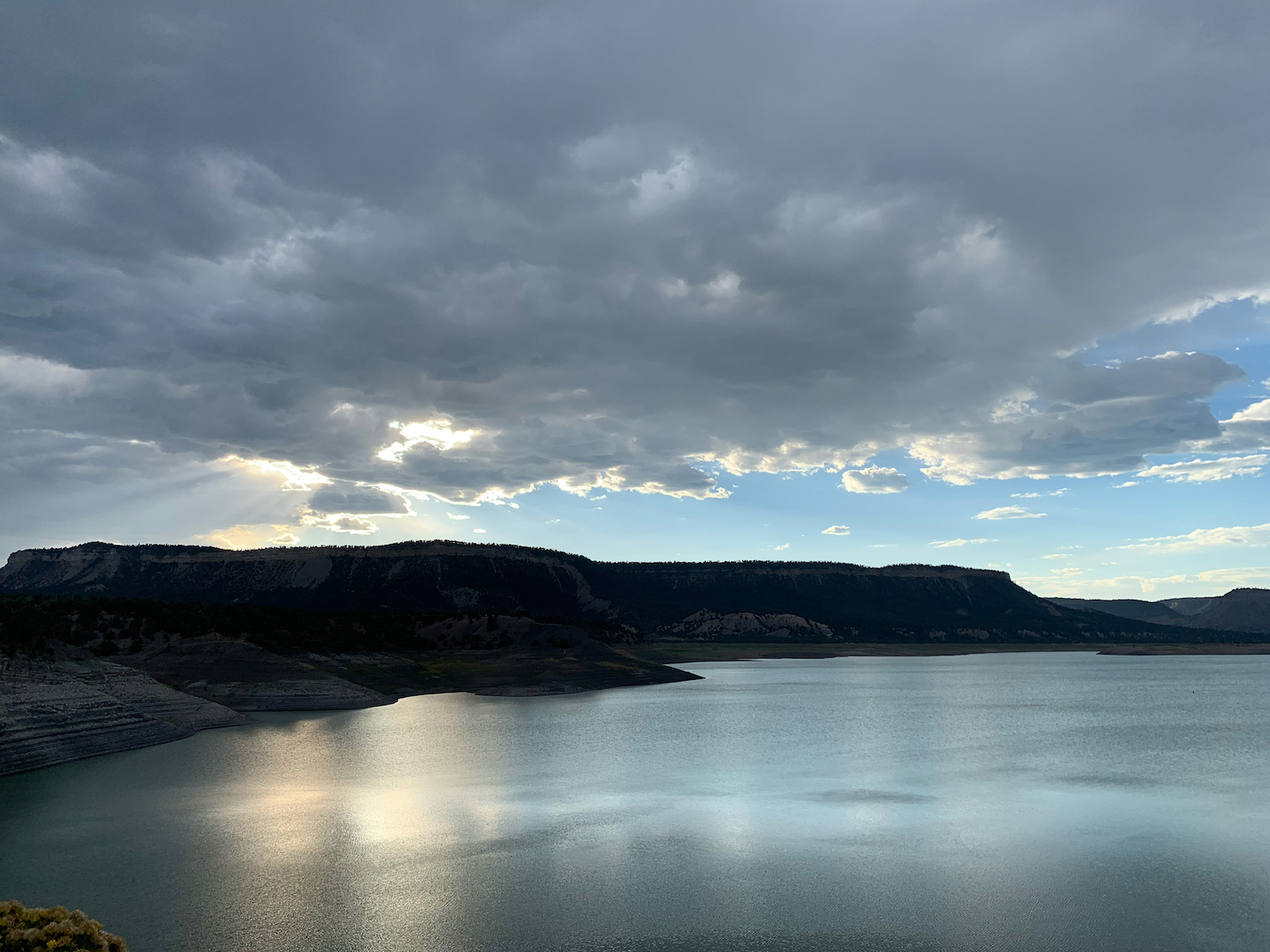 Yerandy Hernandez, Shadowy Lake